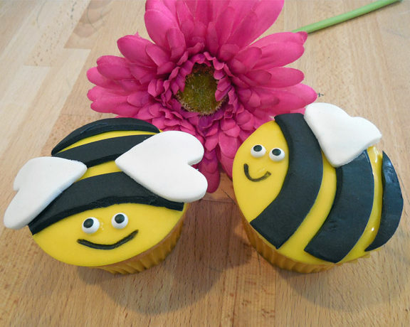 It's Spring Time Bee Cupcakes