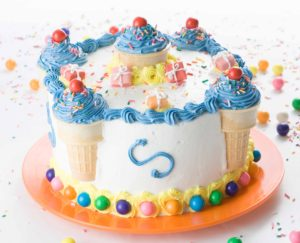 Decorate a Birthday Cake in Minutes