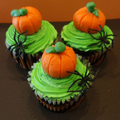 Fall in Love Pumpkin Cupcakes