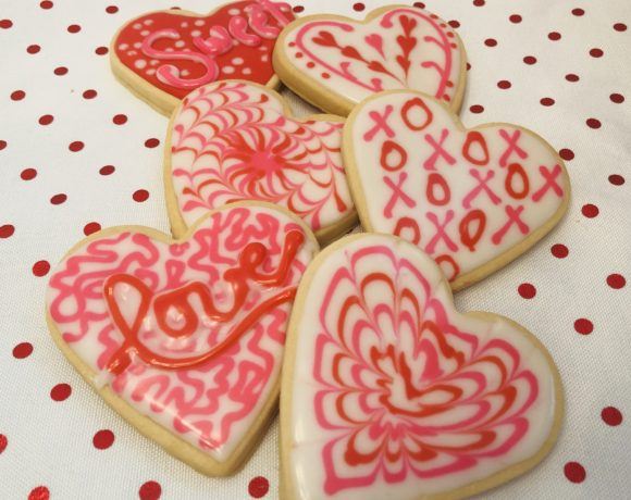 Valentines Heart Cookie Decorating
